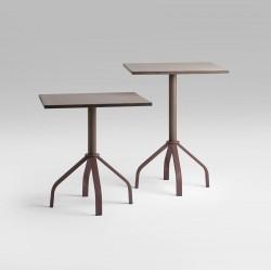Presa Table